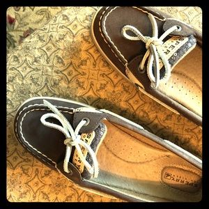 Sperry Topsiders size 7.5
